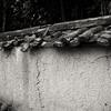 薬師寺境内南側の歴史ある外壁