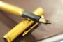 ダンヒル(dunhill)の万年筆を偶然入手 金ニブの素晴らしい書き味でトラベラーズノートの常駐ペンとなる