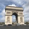 定番の凱旋門とエッフェル塔