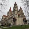 【ウィーン旅行】ウィーン旅行二日目。アッシジの聖フランチェスコ教会、ドナウ川、プラーター公園の観覧車などなど。。
