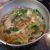 幸運な病のレシピ( 1010 )夜:鳥唐揚げ、インゲン素揚げ、餃子皮ピザ、豚肉の生姜焼き、ビンチョウマグロ刺身、汁