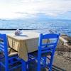 【ギリシャ・アイギナ島】目の前には壮大な海!『絶景を眺めながら食事を楽しめるレストラン』に行ってみた!