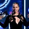 アリシア・キーズ、第61回グラミー賞で初司会を務める事が発表