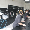 REPORT 説明見学会 第1弾:ポイント&売上集計に『洗濯代行』、コインランドリー店アワード受賞店舗が仕組みを公開