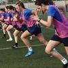 サッカー選手における身体能力テストの順序(安静下で行うテストや疲労をもたらさないテストを最初に実施し、次にアジリティ、パワーと筋力、スプリント、局所的筋持久力、無酸素性能力、そして最後に有酸素性能力のテストを実施する)