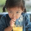 ついに娘が麦茶を飲んだ!ストローマグの練習にもなるストローで麦茶を飲むまでの練習方法