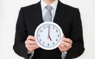 体内時計が壊れると腫瘍の成長が早くなる!?夜勤でがんのリスクが高まる