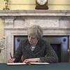 英首相、EU離脱の書簡に署名 29日通知へ