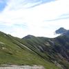 【北アルプス4泊5日大縦走】笠ヶ岳、山頂から見る煌めく雲海、秋の命が輝く青空紅葉の山旅【最終編】