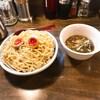 黒門市場近くにある麺鮮醤油房周月で醤油ベースのつけそばを食べてきました