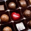 チョコレートって、本当にニキビの原因なの!?
