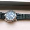 本格的な腕時計来たる、意外と若者も付けてるね