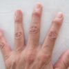 【手首や指の痛みを自分でケアする セルフトレーニングのご紹介☆】