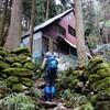 天空の雪原と樹氷: 米原市霊仙山トレッキング