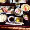 鶴亀のお刺身定食