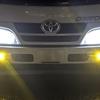 カムロードのフォグランプを2色LEDに交換