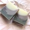 竹炭と柿渋のレイヤー石けん(Bramble Berry® Lots of Lather Quick Mix使用)