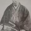 中岡慎太郎像。