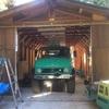 ガレージにウニモグ