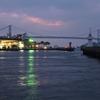 朝の関門海峡