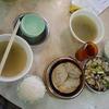 【香港・北角】市場のレストランでウナギと鯪魚を蒸して食べる