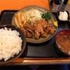 逗子市桜山の「味の大善」でからあげ定食