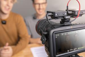 RODE、ビデオ同録用デュアル・コールド・シュー・マウントやケーブルなどアクセサリーを拡充