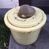 我が家の土作り  漬物樽を使って