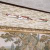 二本の破魔矢を掛けることができる神前破魔矢掛け二段式