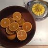 朝は「オレンジジュース絞り」でスタート