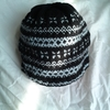 【編みものワードローブ】三國万里子さんの編込みポンポン帽子は男性にも似合う素敵な帽子!