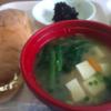 入院している病院の朝食は必ずパンと味噌汁
