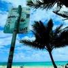 小径を抜けるとビーチ!・・一枚の写真から。