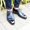 くすみさんのカルミナネイビーコードバンの激エロホールカットの革靴は絶対に見たほうがいい。。