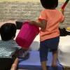 牛乳・バターから「みず」を生成する息子、豆を懇願する娘 - 年子育児日記(3歳2ヶ月,1歳8ヶ月)