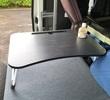 車内用に軽量コンパクト折りたたみテーブルを追加導入