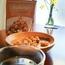 アンソニーズポップコーンは、日本の技!キャラメルアーモンド風味の春、なかしましほさんの「キャラメルアーモンドシフォン」。朝食に、あったかいミネストローネ。高橋雅子さんの「上級のバゲット」。我が家の休日の朝ごはん。