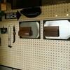 有孔ボードとセリアのブリキプレートでマグネットボードを作るDIY!