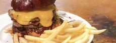 目黒で遅めの昼ごはん。夜は焼肉屋の「ハングリーヘブン」でハンバーガーセット