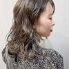 ミディアム以上のヘアスタイリングは外ハネベースが鉄則