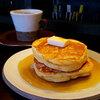 シロップたっぷりのシンプルホットケーキ<さっぽろカフェ情報>