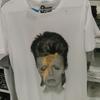 GUでデビッドボウイのTシャツ390円を2枚買いました
