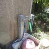 庭の水栓が水漏れしていました