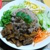 【今日の食卓】夕食は「カピ」という小海老を発酵させた臭い調味料で炒めたご飯「カオクルックカピ」
