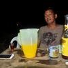 【危険?!】初対面のフィリピン人家族の家に招待され、泥酔した話