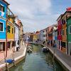 イタリア・ヴェネツィア: ブラーノ島のカラフルな街並