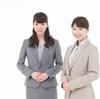 アパレル販売員の接客術:正しい立ち姿勢のポイントと 3 つのメリット