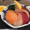 桜と酒と海鮮丼