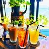 ある日の海沿いのcafeと景色