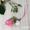 ピンクいちごのキーホルダー・ピンクいちごの紺色水玉3点セット
